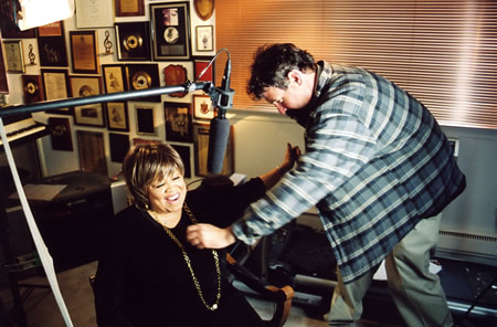 Mavis Staples prepares for an interview for the Jubilee Showcase documentary